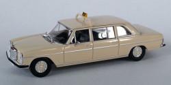 Mercedes Benz 220 D lang Taxi