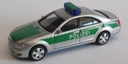 Mercedes Benz S-Klasse Polizei gepanzert Werttransportbegleitung silber/grün Bayern